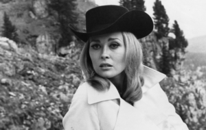 Faye Dunaway Pictures