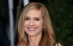 Holly Hunter High Quality Wallpapers