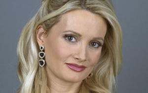 Holly Madison Download Free Backgrounds HD