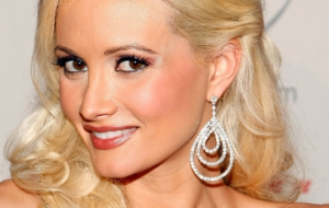 Holly Madison Pictures