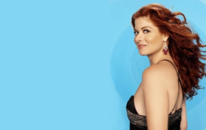 Debra Messing Widescreen