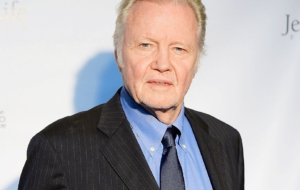 Jon Voight HD Background