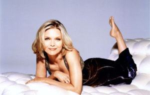 Michelle Pfeiffer Computer Backgrounds