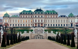 Upper Belvedere Palace Desktop
