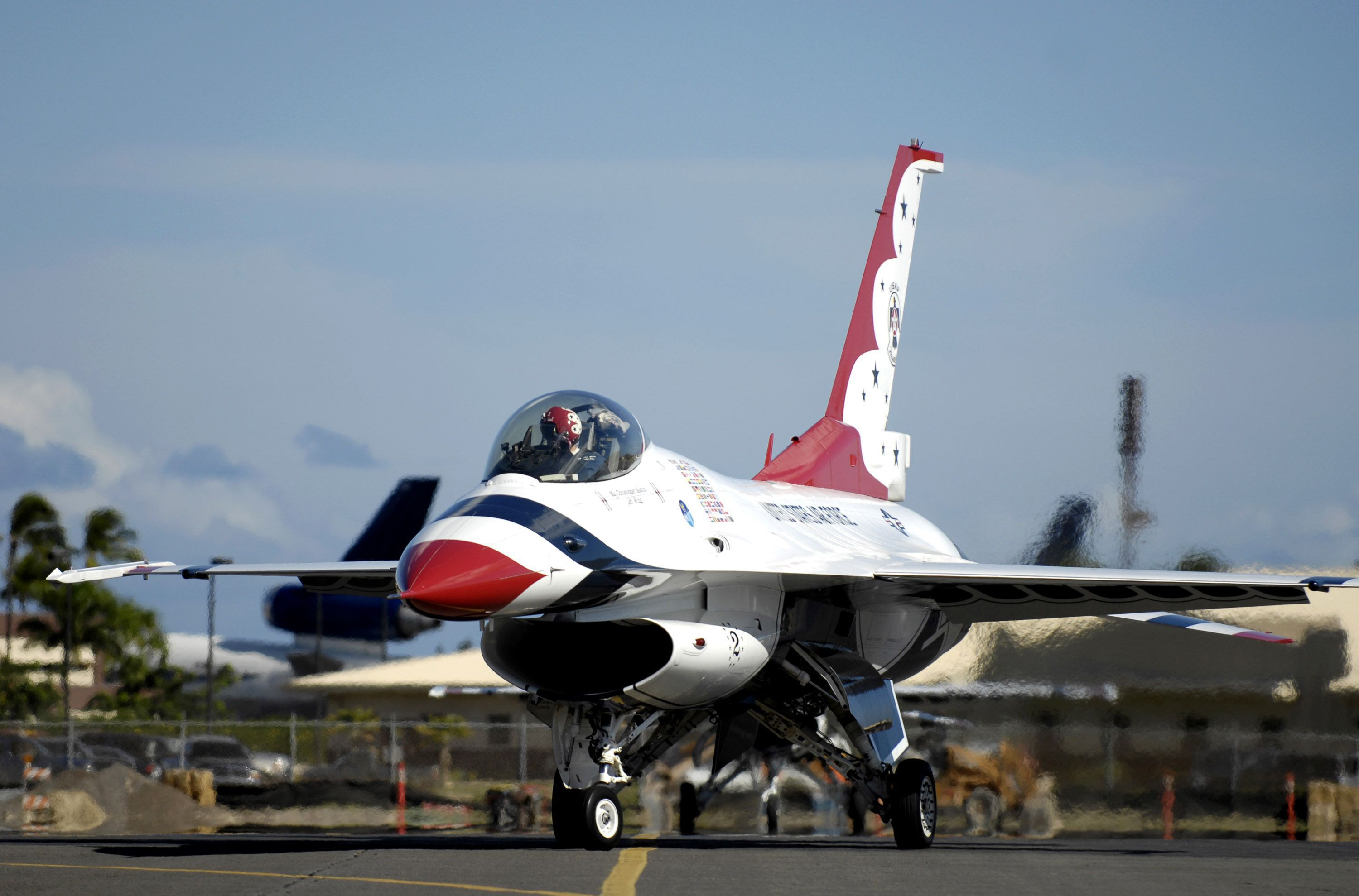 Thunderbirds Arrive For Air Force Week Honolulu