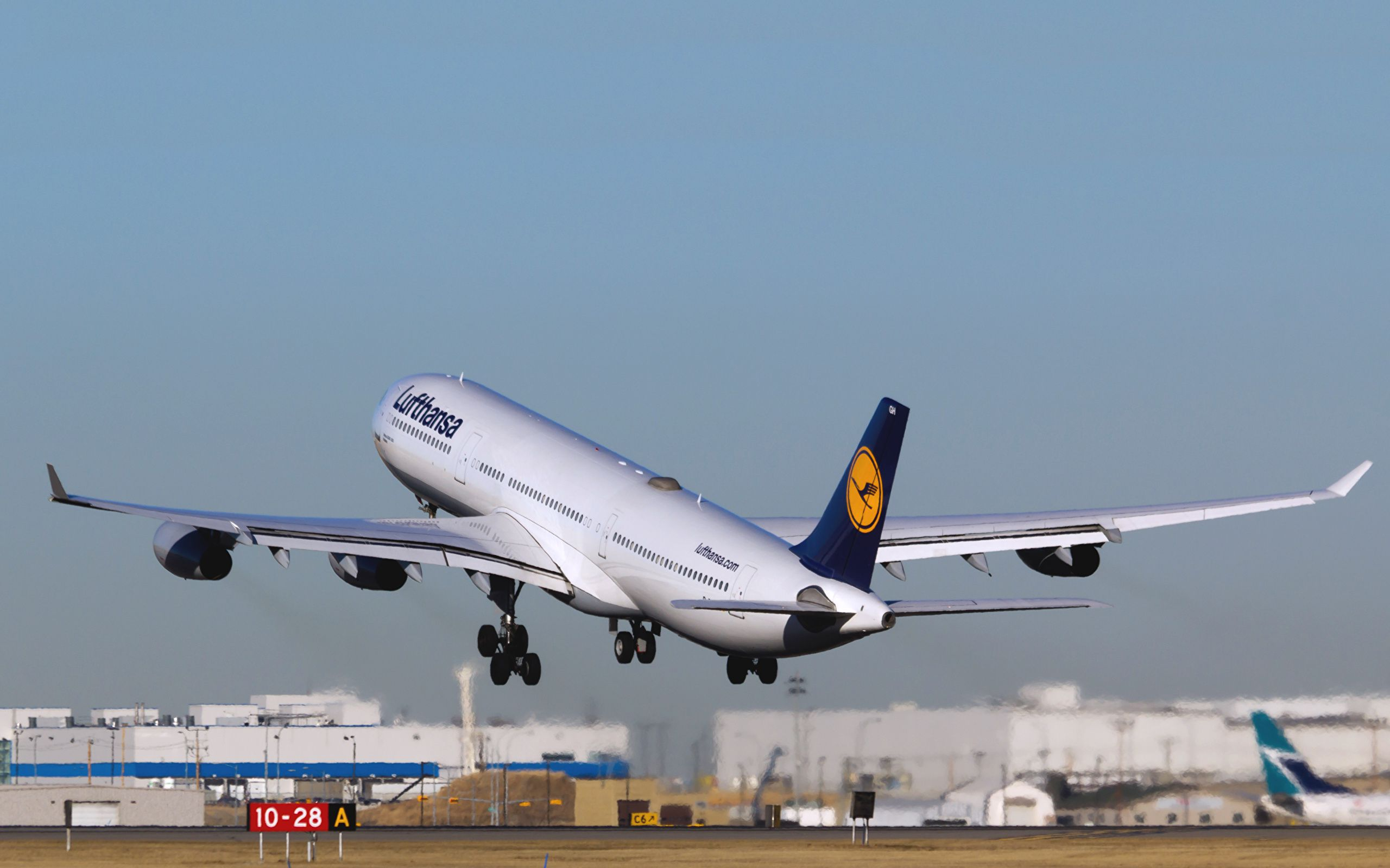 Airbus A340 Wallpapers HD