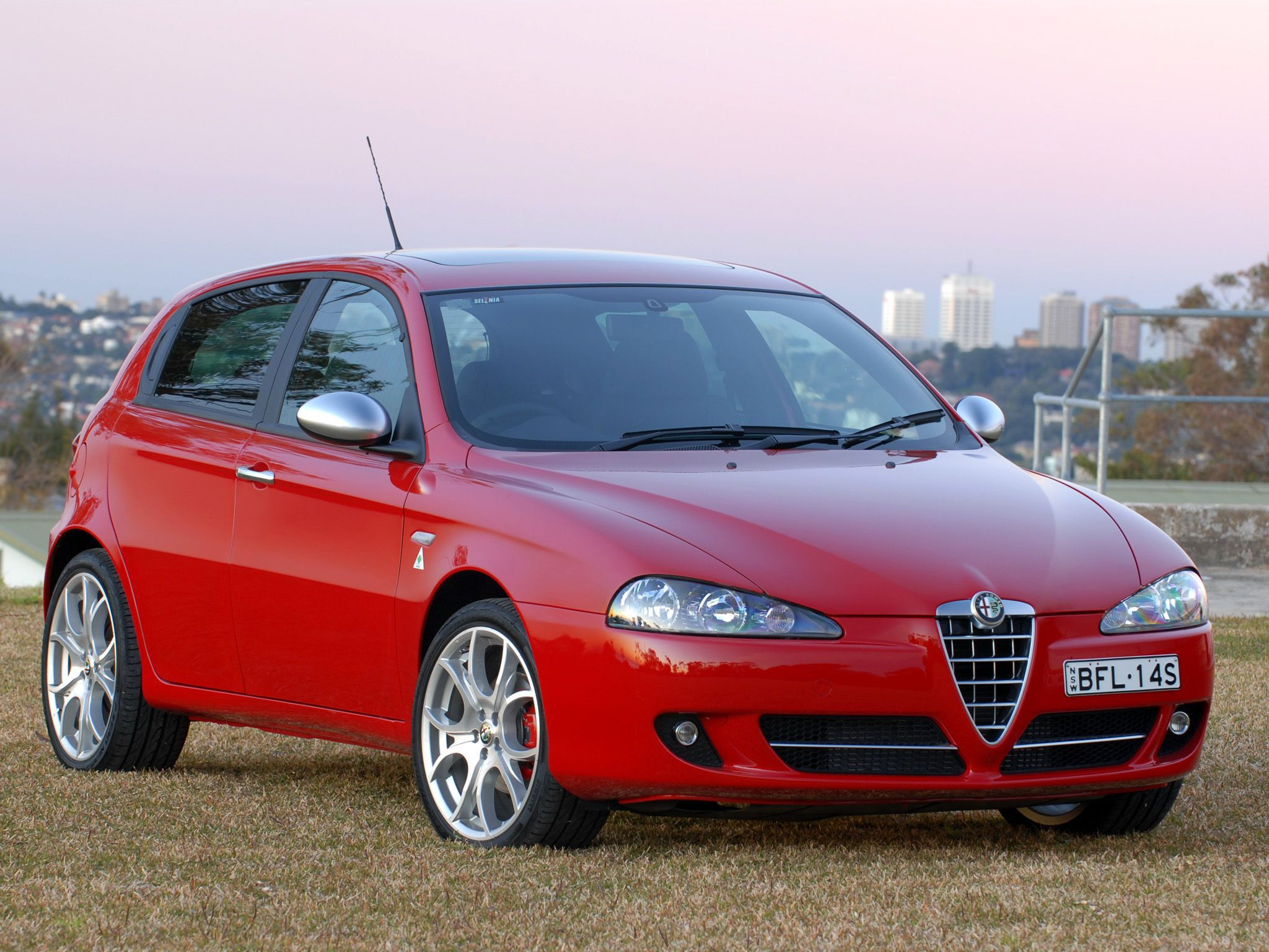 Alfa Romeo 147 Phone Desktop Wallpapers Pictures Photos Bckground Images