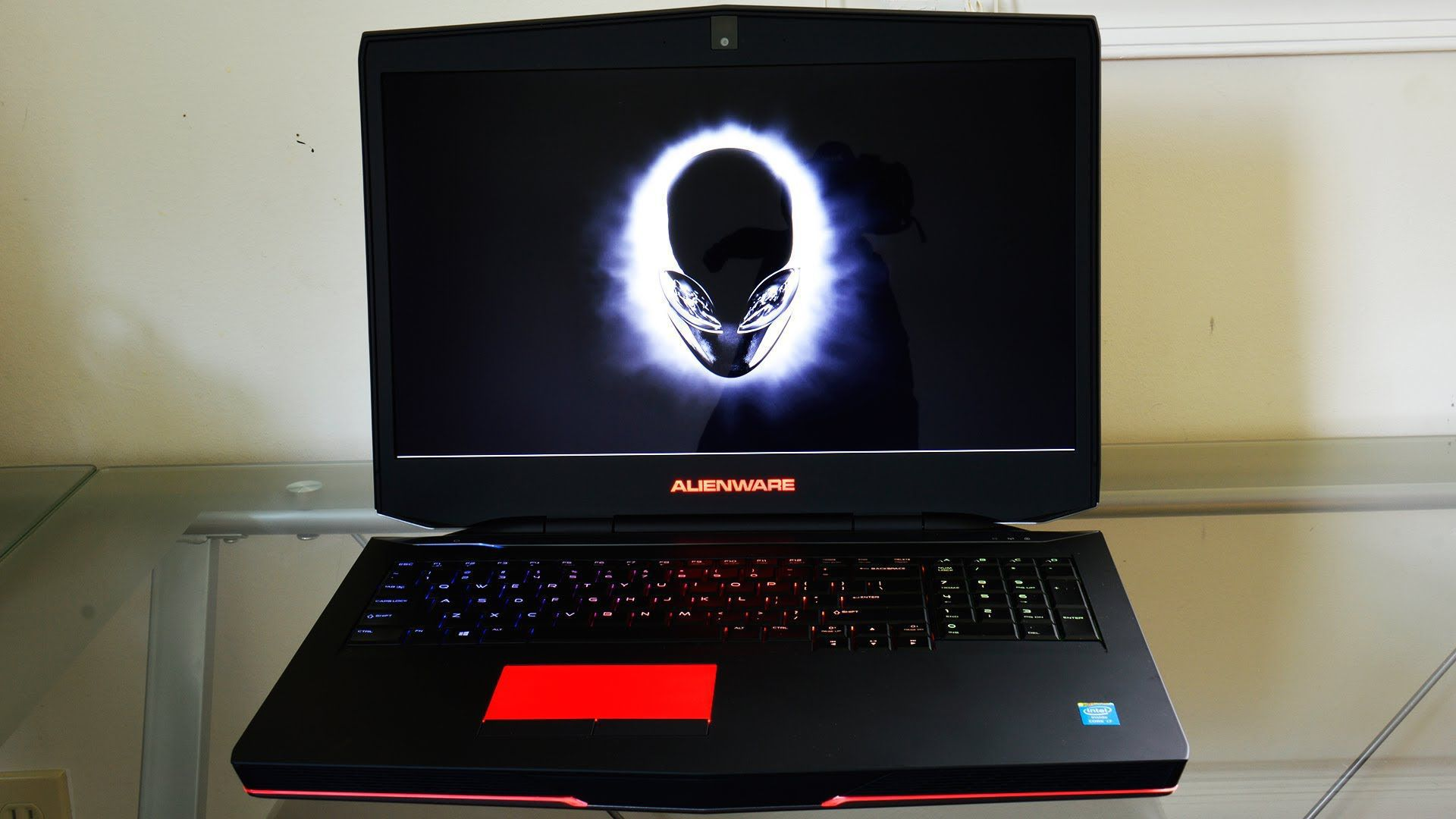Alienware M17x In High Resolution