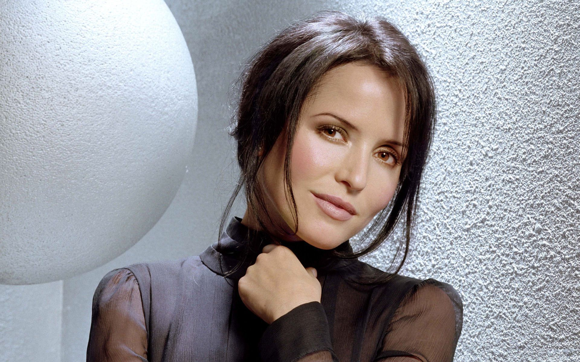 Andrea Corr In High Resolution