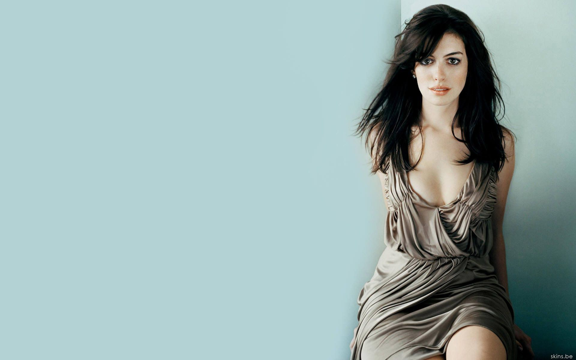 Ann Hathaway Wallpapers HD