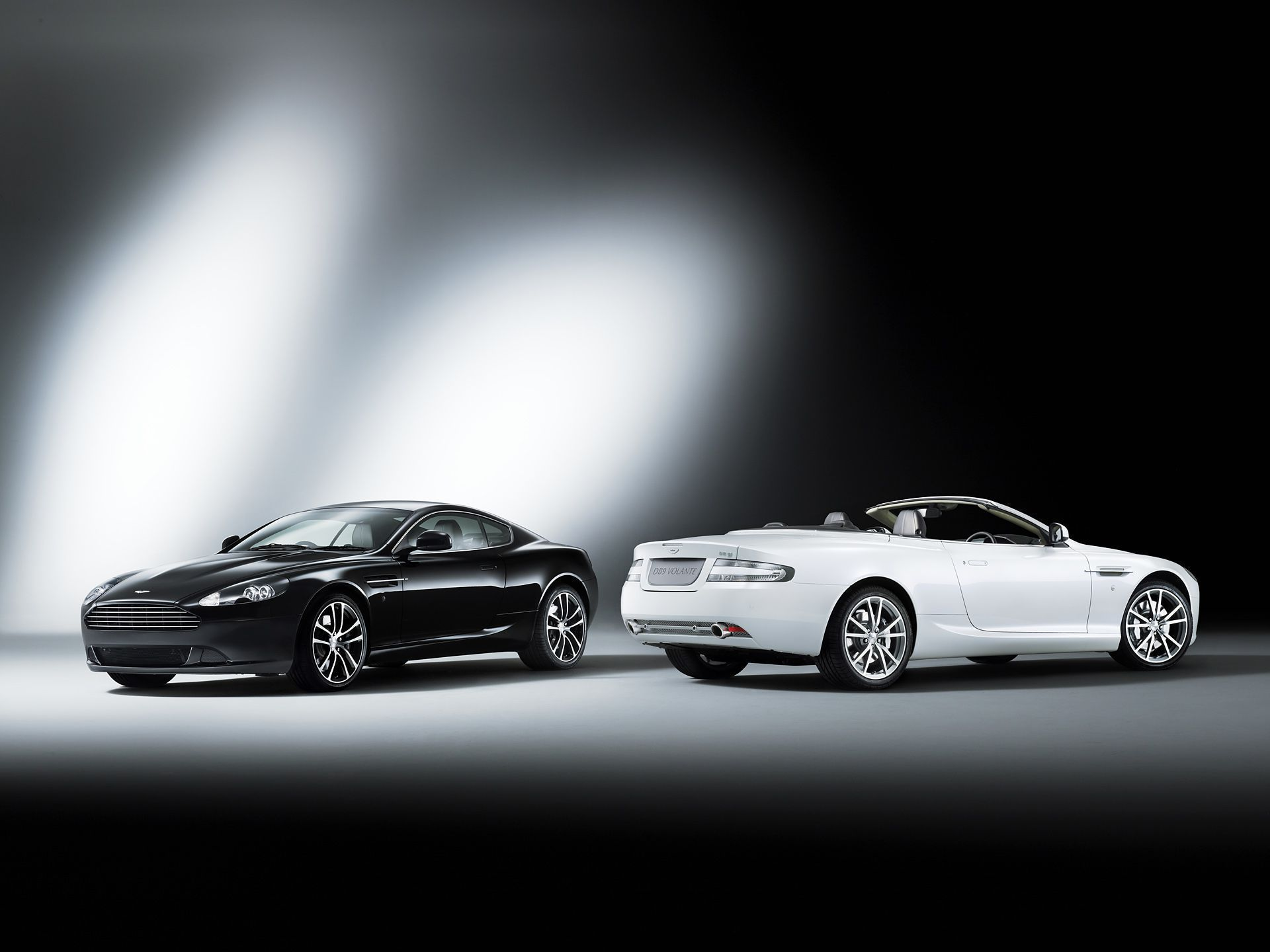 Aston Martin Db9 Wallpapers And Backgrounds