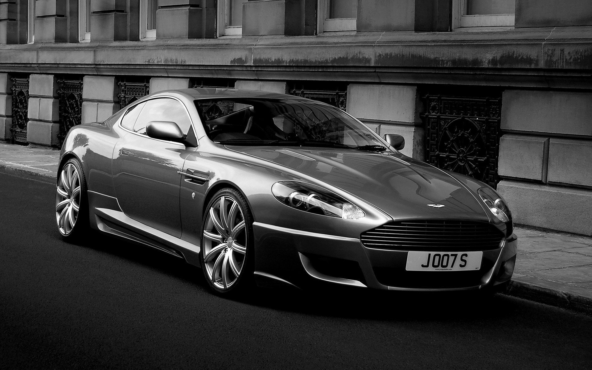Aston Martin Db9 Widescreen