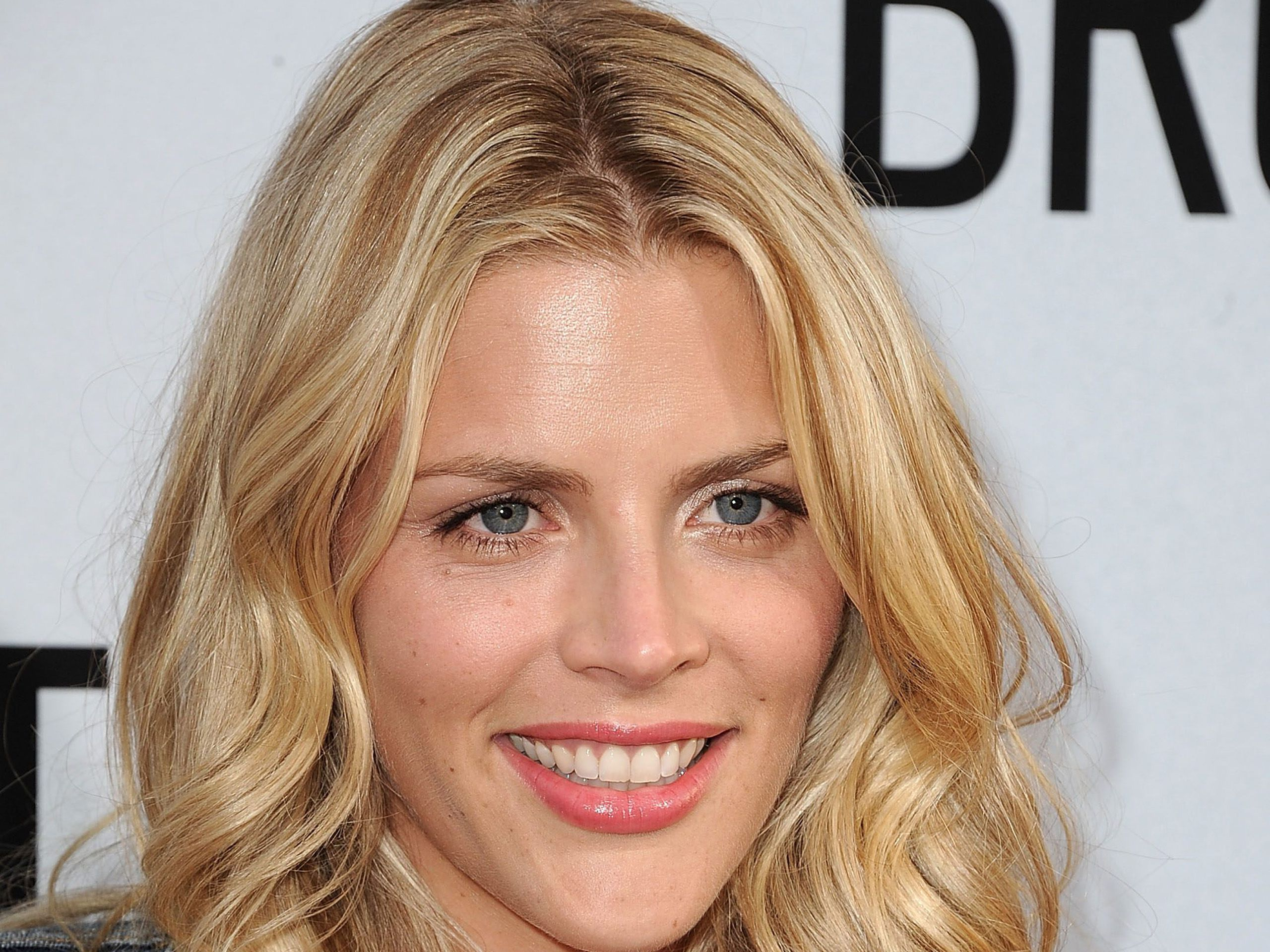 Busy Philipps Pictures
