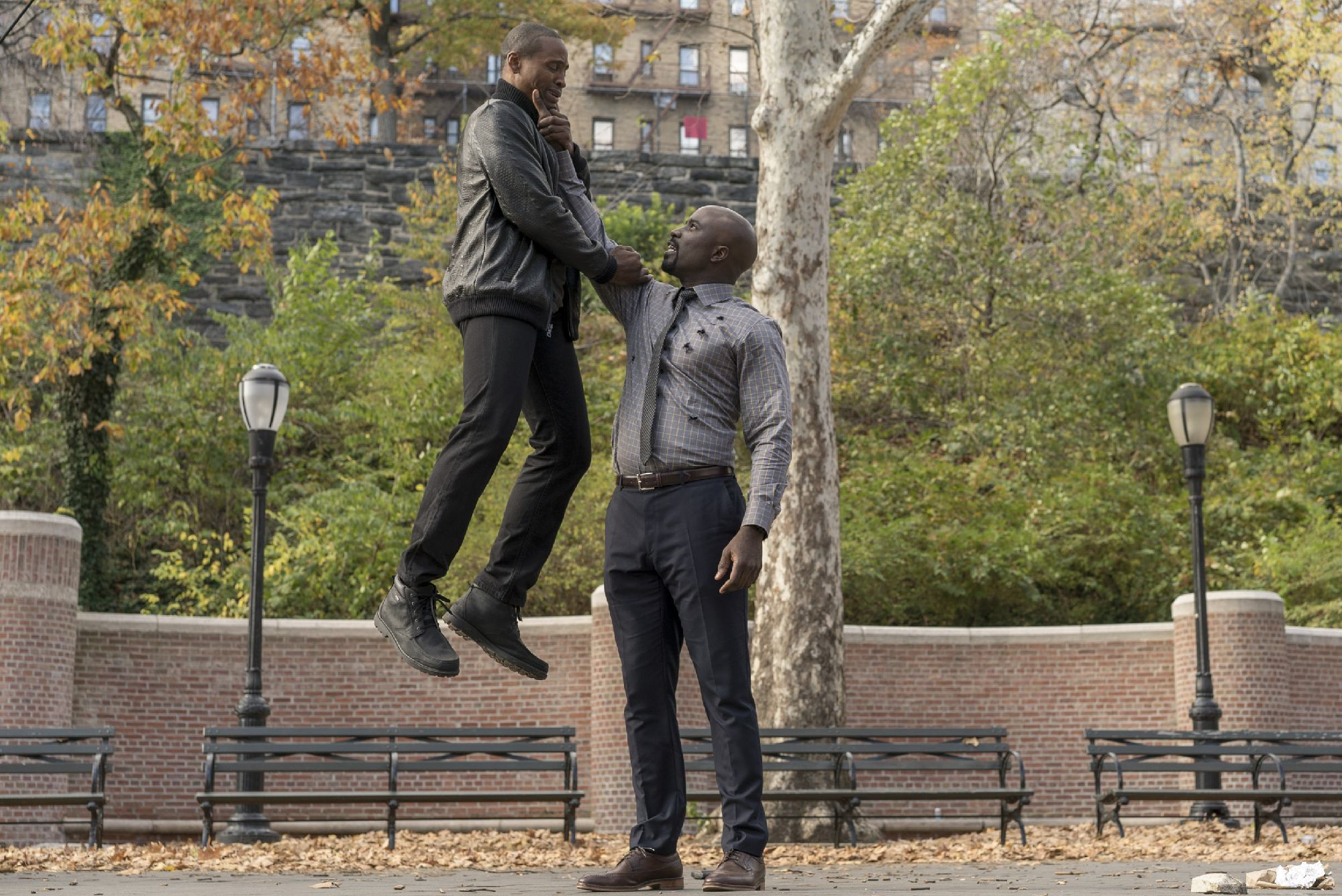 Luke Cage Mike Colter 3