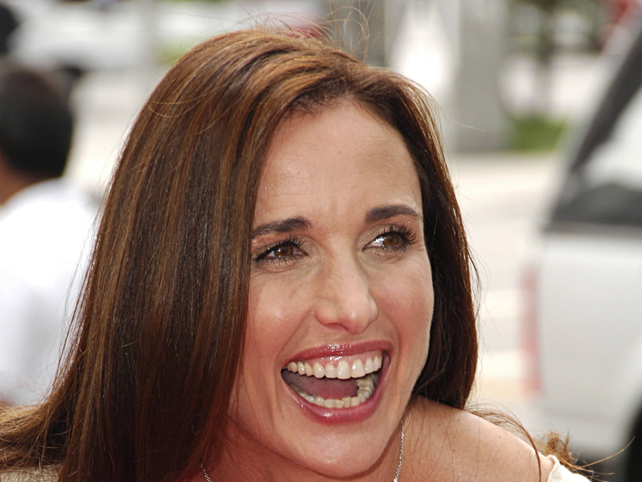 Picture Andie Macdowell