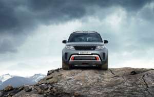 Land Rover Discovery 2020 Silver Gallery