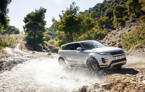 Land Rover Discovery Sport 2020 Silver Beautiful Wallpaper