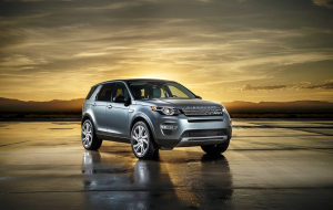 Land Rover Discovery Sport 2020 Silver Wallpapers HD