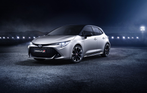 Toyota Corolla 2020 Black Widescreen