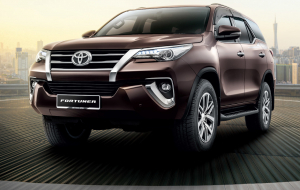 Toyota Fortuner 2020 Green Images
