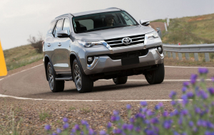 Toyota Fortuner 2020 Silver High Resolution