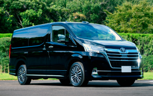 Toyota Hiace 2020 Green Beautiful Wallpaper