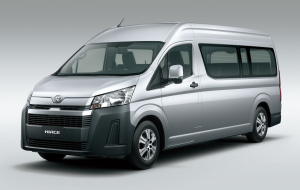 Toyota Hiace 2020 Green High Resolution