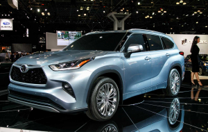 Toyota Highlander 2020 Blue Beautiful Wallpaper