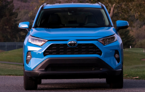 Toyota Highlander 2020 Blue Pictures