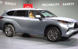 Toyota Highlander 2020 Blue Pinterest