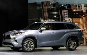 Toyota Highlander 2020 Blue Widescreen