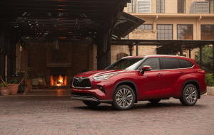 Toyota Highlander 2020 Green Pictures
