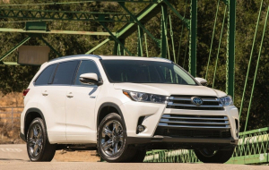 Toyota Highlander 2020 Silver Wallpapers For Android