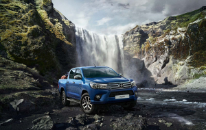 Toyota Hilux 2020 Green High Resolution