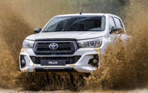 Toyota Hilux 2020 Green In HQ