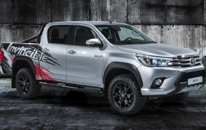 Toyota Hilux 2020 Green Pictures