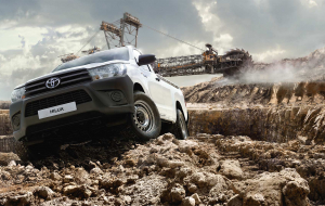 Toyota Hilux 2020 Green Wallpapers For IPhone