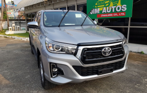 Toyota Hilux 2020 Silver Full HD Wallpapers