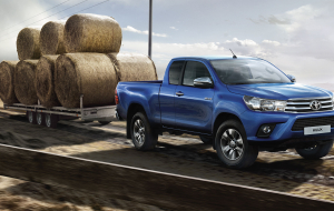 Toyota Hilux Hybrid 2020 Full HD Wallpapers