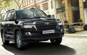Toyota Land Cruiser 200 2020 Gray Beautiful Wallpaper
