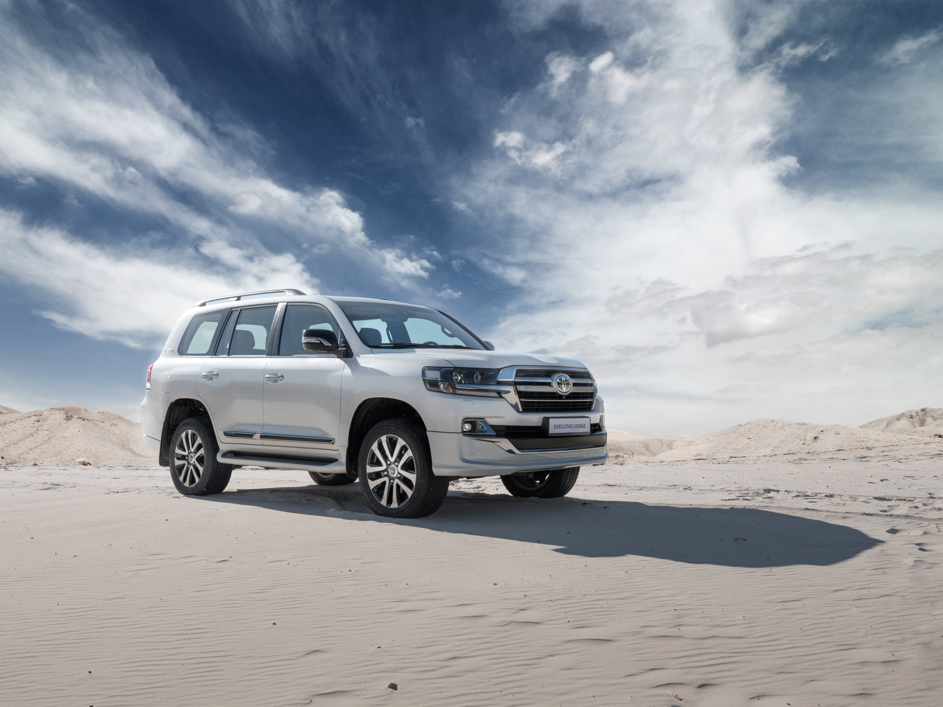 Toyota Land Cruiser 200 2020 Green Phone  Desktop Wallpapers  Pictures  Photos  Bckground Images