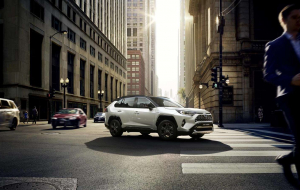 Toyota RAV4 2020 Green Wallpapers HQ