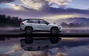 Toyota RAV4 2020 Silver Wallpapers HD