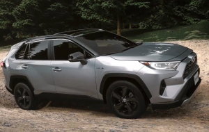 Toyota RAV4 Hybrid 2020 4K Wallpapers