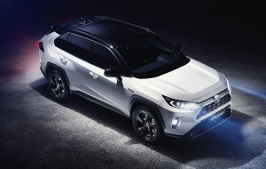 Toyota RAV4 Hybrid 2020 Beautiful Wallpaper