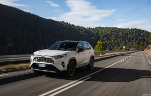 Toyota RAV4 Hybrid 2020 Full HD Wallpapers