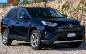 Toyota RAV4 Hybrid 2020 Photos