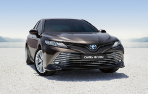 Toyota Camry 2020 Black In HQ