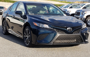 Toyota Camry 2020 Blue In HQ