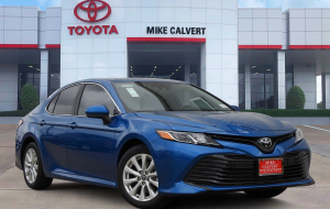 Toyota Camry 2020 Blue Wallpaper